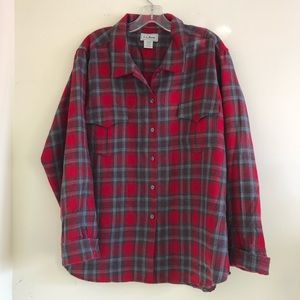 LL Bean red wool button up shirt in great shape XL